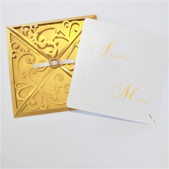 Pochette dorée